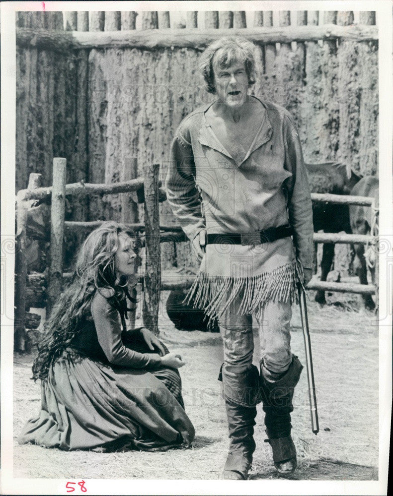 1974 Hollywood Actors Robert Culp & S Sullivan in Give Me Liberty Press Photo - Historic Images