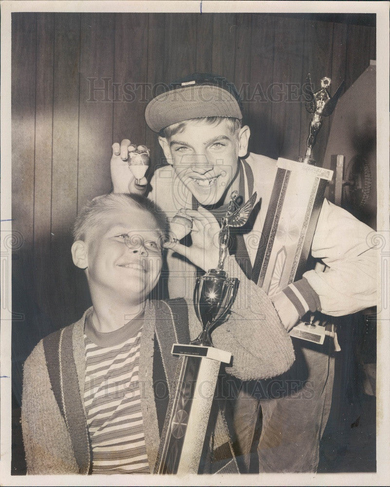 1969 Chicago, Illinois Fun Fair Top Spinners William & Danny Gurin Press Photo - Historic Images