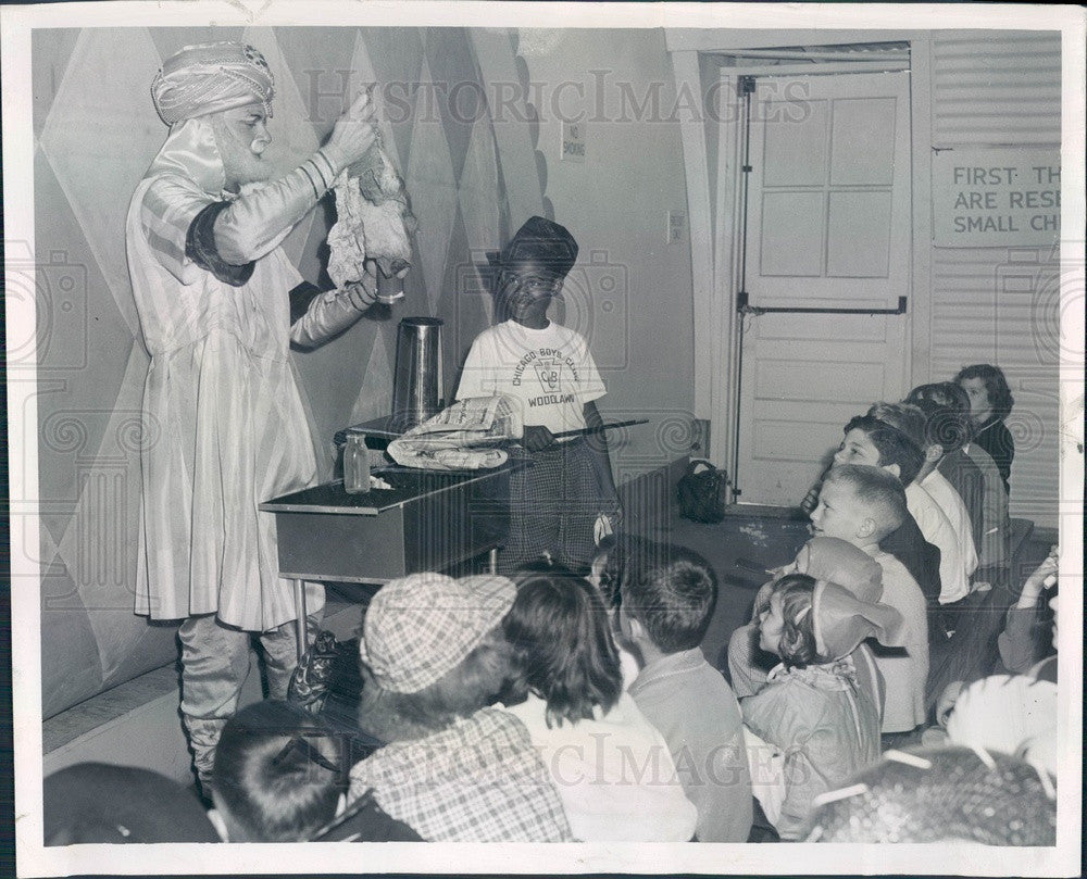 1950 Illinois Chicago Fair of 1950 Children's Theater Festival Press Photo - Historic Images