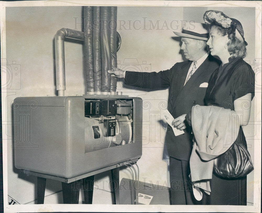 1950 Illinois Chicago Fair of 1950 Jet Heat Oil Heating Unit Press Photo - Historic Images