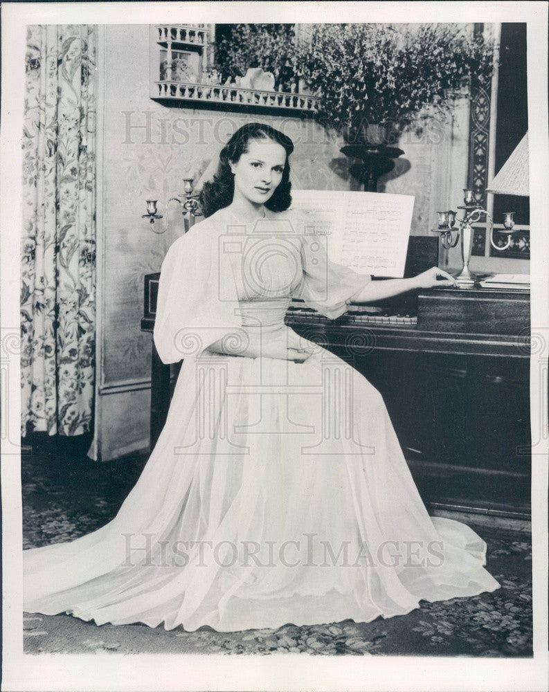1945 Actress Marianne Stewart Press Photo - Historic Images