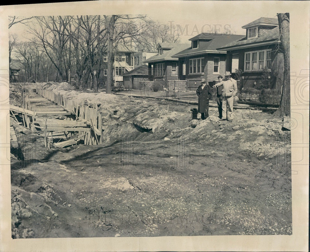 1952 Chicago, Illinois Sewer Construction 109th & Wood Press Photo - Historic Images