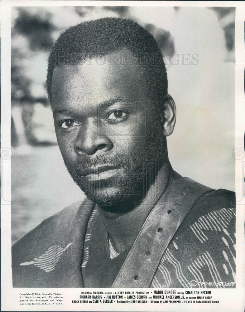 1965 Hollywood Actor & Movie Star Brock Peters in Major Dundee Press Photo - Historic Images