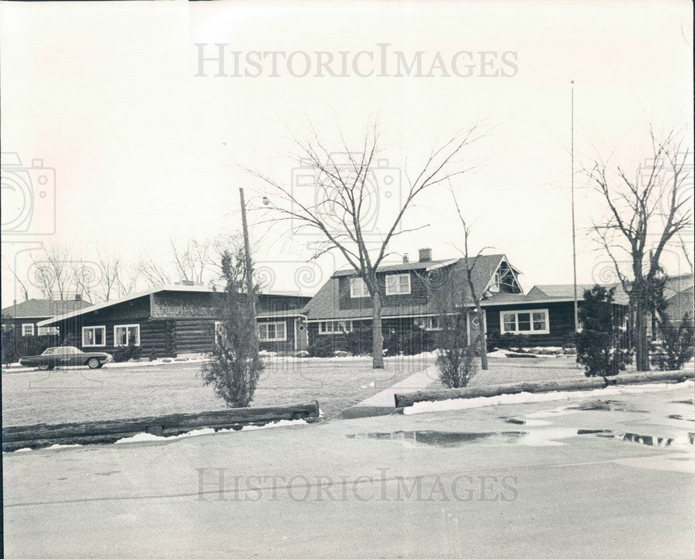 1966 Chicago, Illinois Rosewood Inn Press Photo - Historic Images