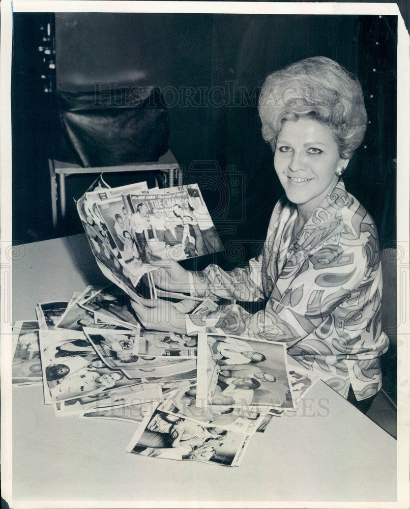 1965 Chicago Sun-Times Librarian Connie Wilkie, Bowling Contest Press Photo - Historic Images