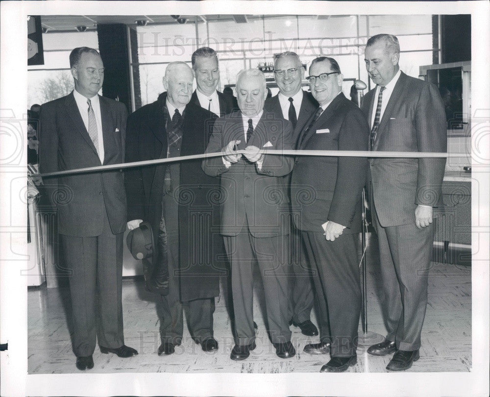1960 Chicago, Illinois Sears Roebuck Highland Park Store Opening Press Photo - Historic Images