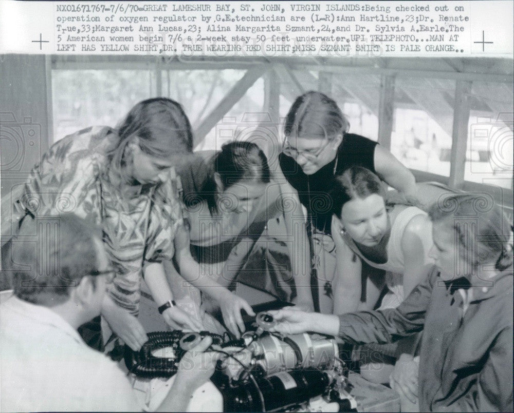 1970 St John, Virgin Islands American Women Underwater Research Team Press Photo - Historic Images