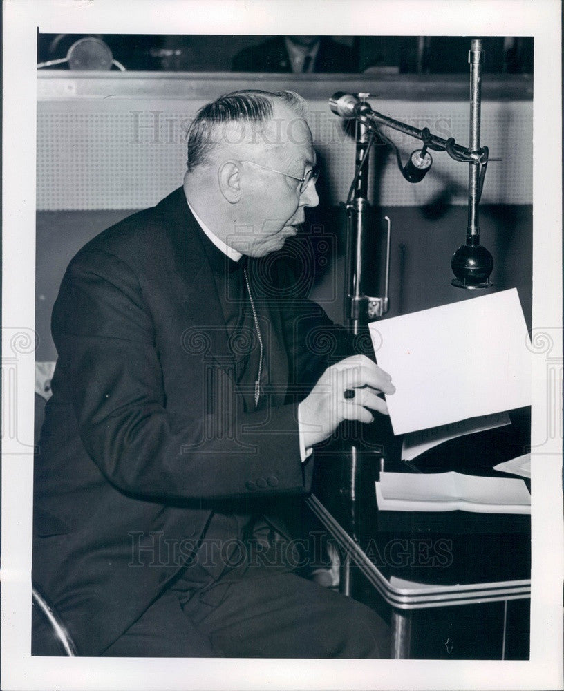 1946 Detroit, Michigan Archbishop Edward Cardinal Mooney Press Photo - Historic Images