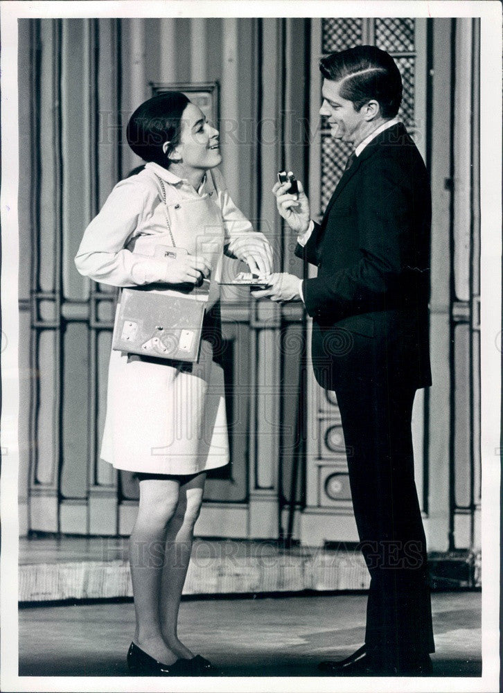 1968 Actors Carla Alberghetti & Bill Hayes Press Photo - Historic Images