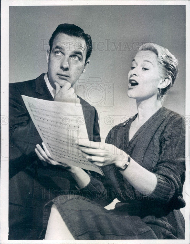 1958 Hollywood American Actress Gretchen Wyler & Vocalist Bob Crosby Press Photo - Historic Images