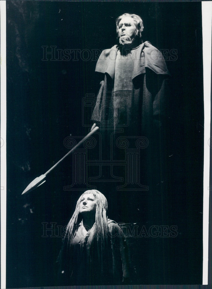 1973 Lyric Opera of Chicago Theo Adam, Lili Chookasian in Siegfried Press Photo - Historic Images