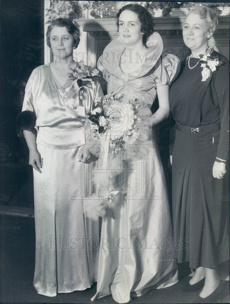 1935 Detroit, Michigan Debutante Peggy Williams Press Photo - Historic Images