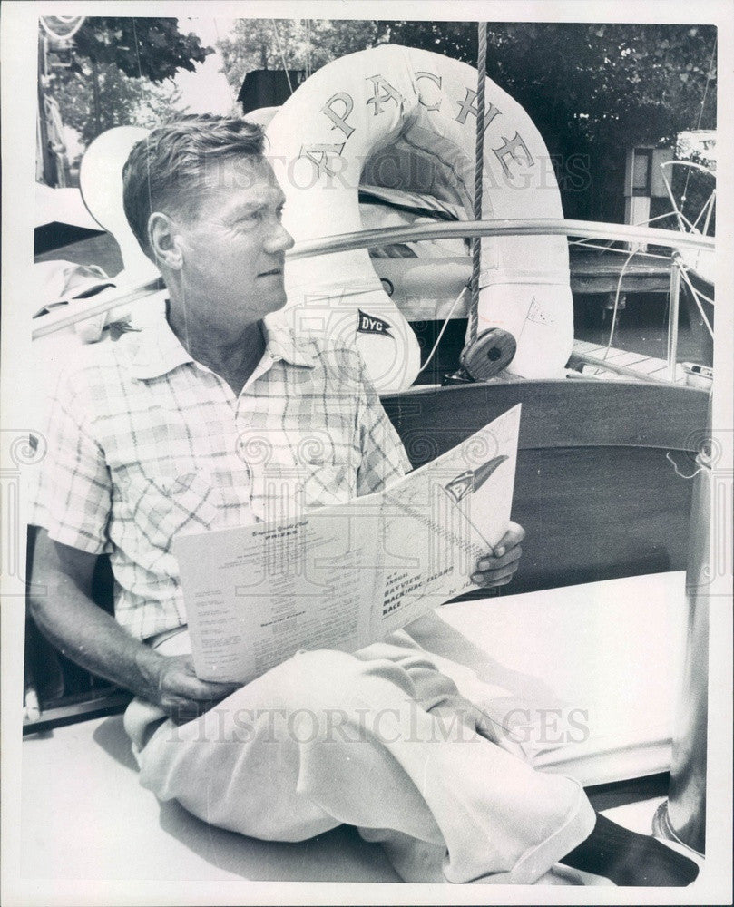 1966 Detroit, Michigan Boat Racer Wilfred Gmiener Aboard Apache Press Photo - Historic Images