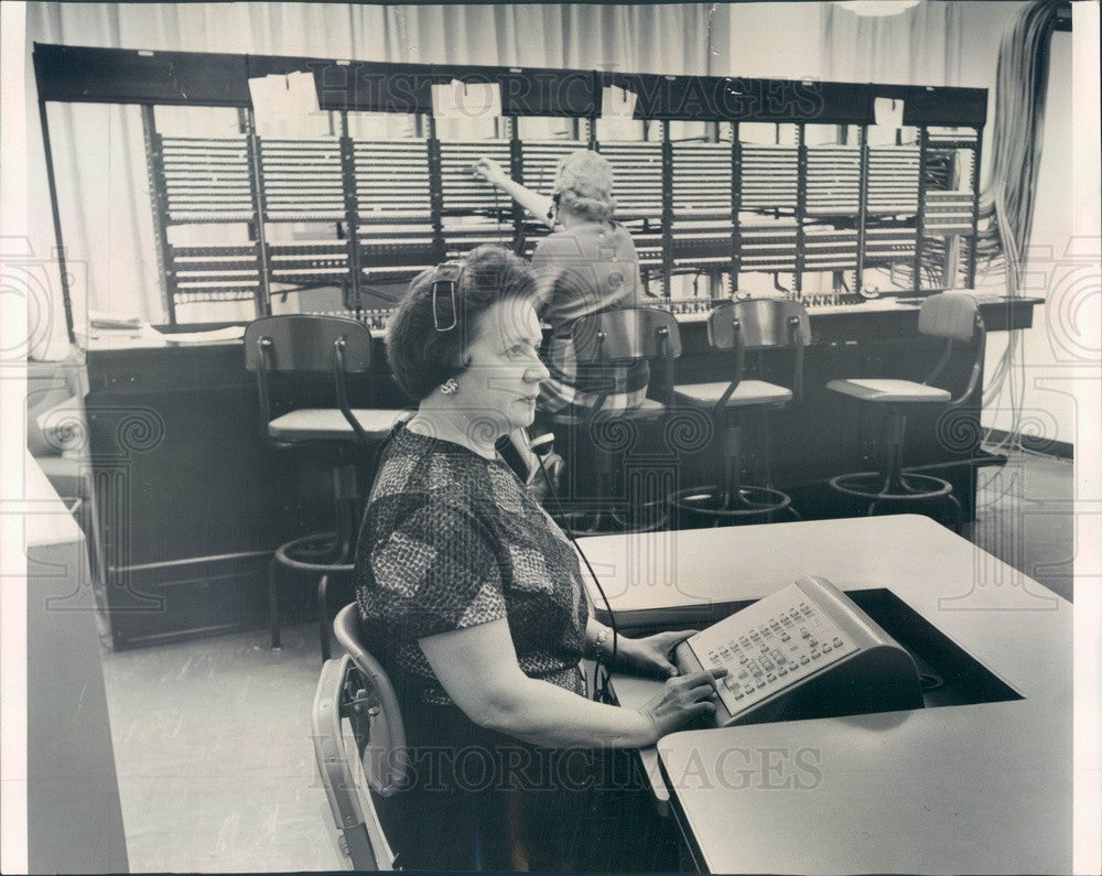 1962 Chicago, IL The Daily News Compact Phone Switchboard Press Photo - Historic Images