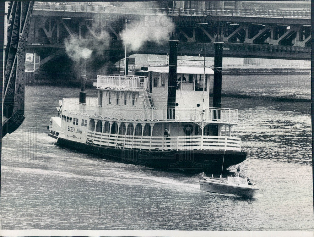 1977 Stern Wheeler Betsy Ann on the Chicago River Press Photo - Historic Images