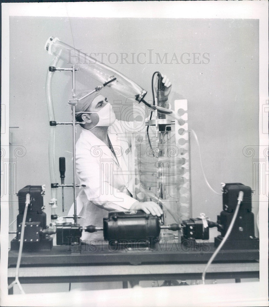 1957 Miami, Florida Jackson Memorial Hosp Mechanical Heart Press Photo - Historic Images
