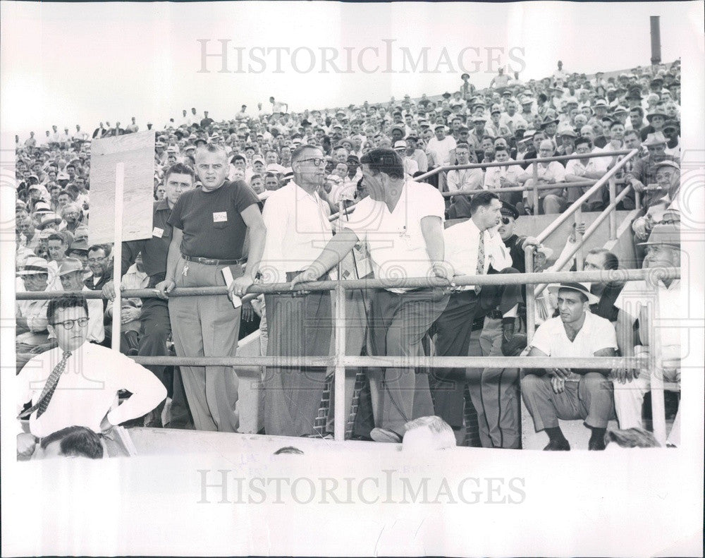 1954 South Bend, Indiana Studebaker Plant UAW-CIO Meeting Press Photo - Historic Images
