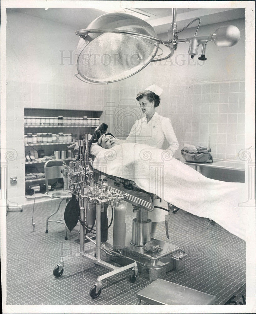 1955 Chicago, Illinois Suburban Cook County Tuberculosis Hospital OR Press Photo - Historic Images