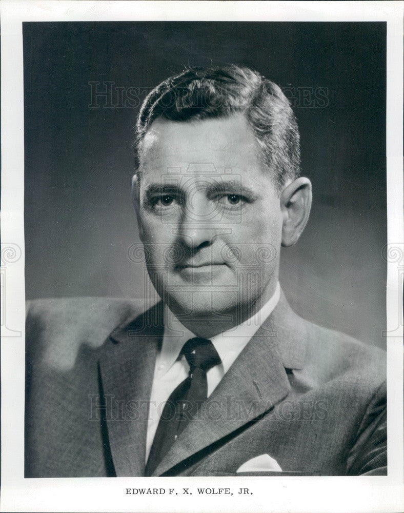 1970 Rolling Meadows, IL United Card Co President Edward FX Wolfe Jr Press Photo - Historic Images