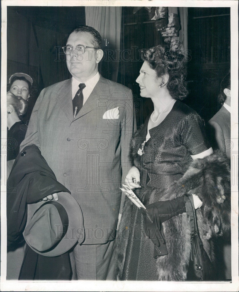 1953 Chicago, Illinois Mr. & Mrs. Arthur Wirtz, Chicago Bulls Owner Press Photo - Historic Images