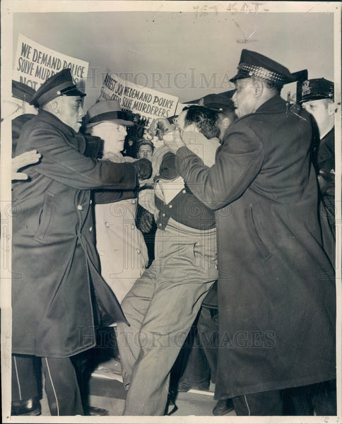 1946 Chicago, Illinois WA Jones Foundry & Machinery Strike Press Photo - Historic Images