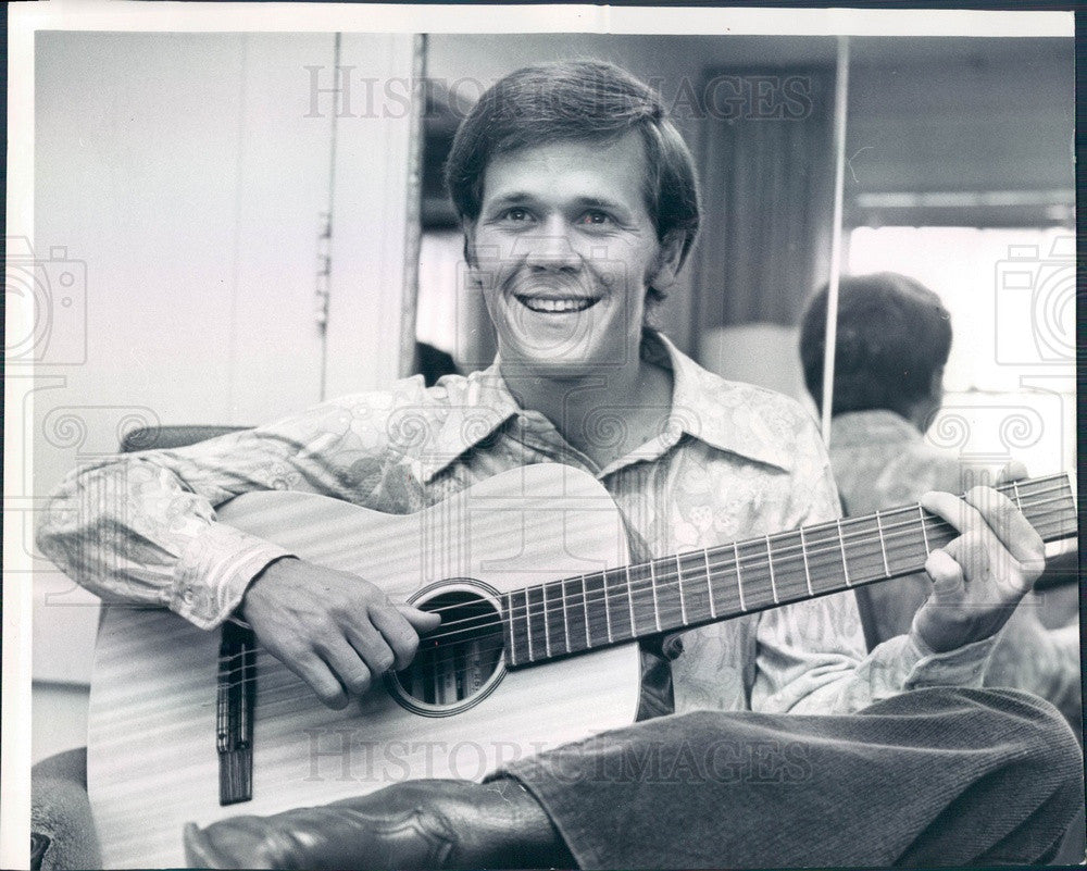 1970 Actor Wendell Burton Press Photo - Historic Images