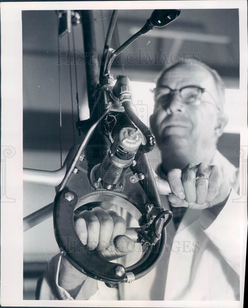 1957 A.T. Jacobsen Testing Irradiated Food Inside a Chamber Press Photo - Historic Images