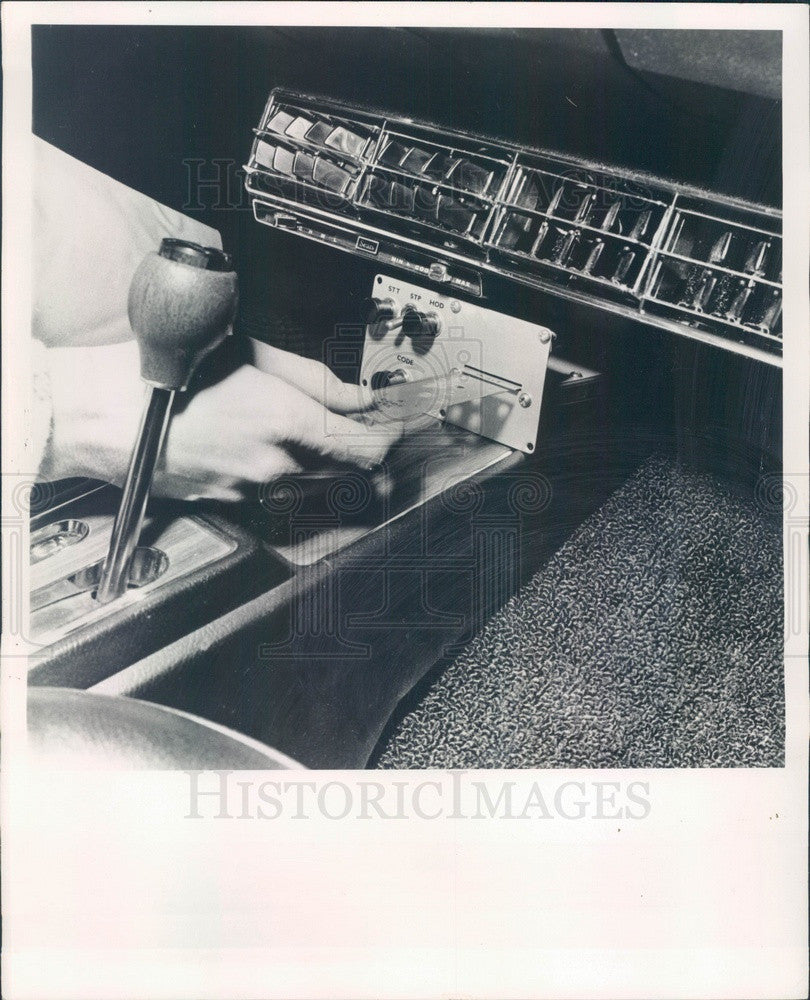 1970 Auto Ignition Card Press Photo - Historic Images