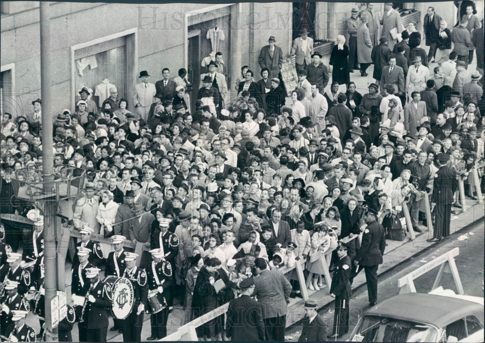 1961 Chicago, Illinois Crowd for President Kennedy's Visit Press Photo - Historic Images