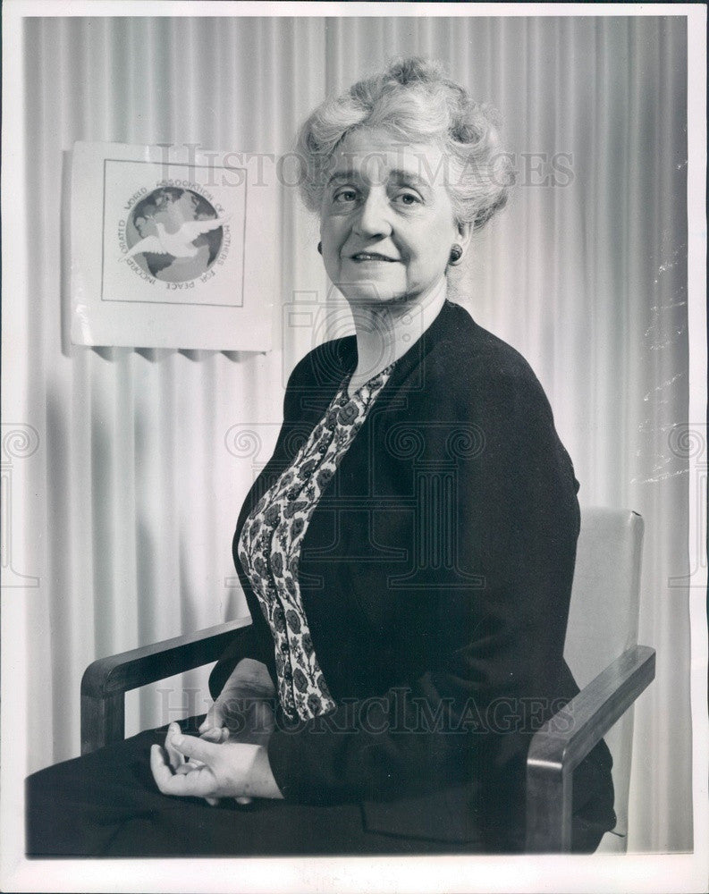 1949 World Assn of Mothers for Peace Founder Victoria Demarest Press Photo - Historic Images
