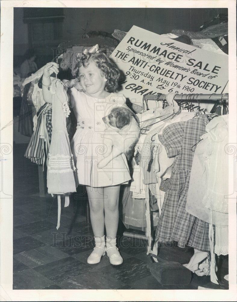 1960 Chicago, IL Anti-Cruelty Society Rummage Sale, Denise Regosh Press Photo - Historic Images