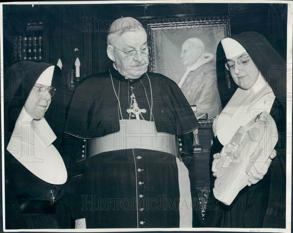 1963 Denver, CO Mercy Hospital Administrator Sister Mary Kieran Press Photo - Historic Images
