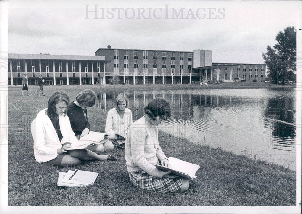 1966 Livonia, Michigan Madonna College Press Photo - Historic Images