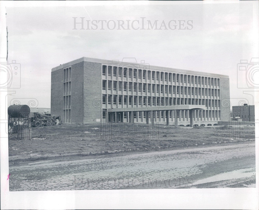 1966 Oakland County, Michigan Oakland University Wilson Hall Press Photo - Historic Images