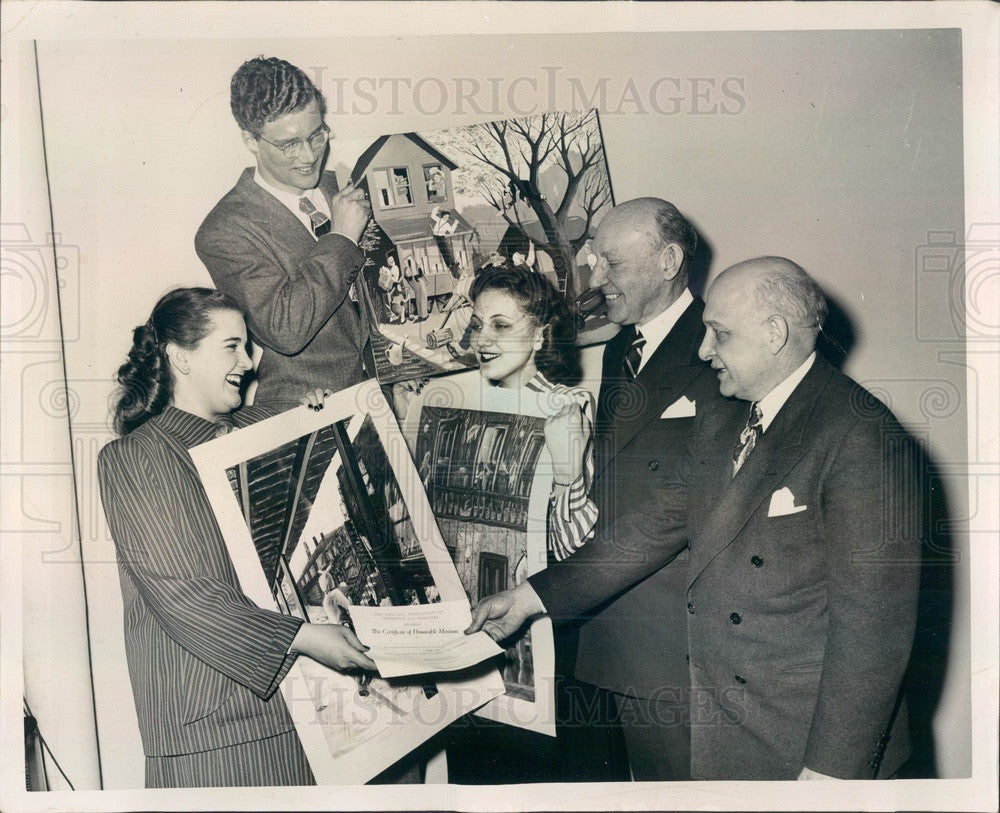 1948 Chicago, Illinois Clean-Up Campaign Poster Winners Press Photo - Historic Images