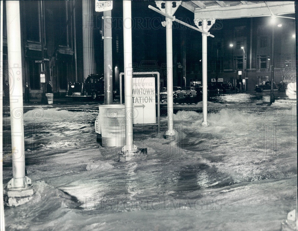 1966 Chicago, Illinois Broken Water Main Flooding, LaSalle & Quincy Press Photo - Historic Images