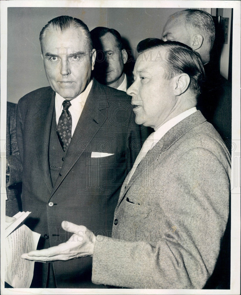 1958 Detroit, MI Chrysler President LL Colbert & UAW Leader Reuther Press Photo - Historic Images