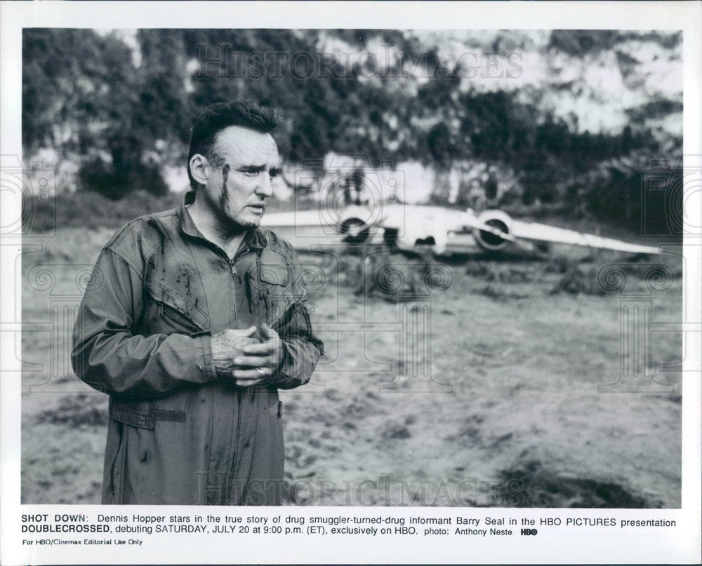 Undated American Hollywood Actor Dennis Hopper in Doublecrossed Press Photo - Historic Images
