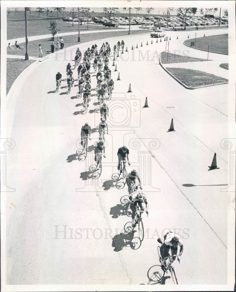 1959 Chicago, Illinois Pan American Games Bicyclists Press Photo - Historic Images