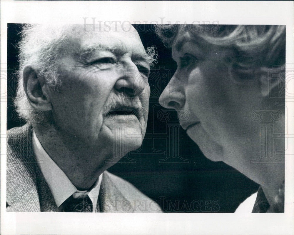 1977 Actors Georgia Heaslip & Will Hussung in The Gin Game Press Photo - Historic Images