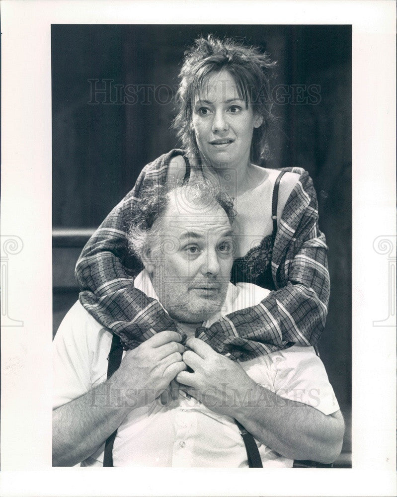 1988 Actors Robert Breuler & Laurie Metcalf in Killers Press Photo - Historic Images