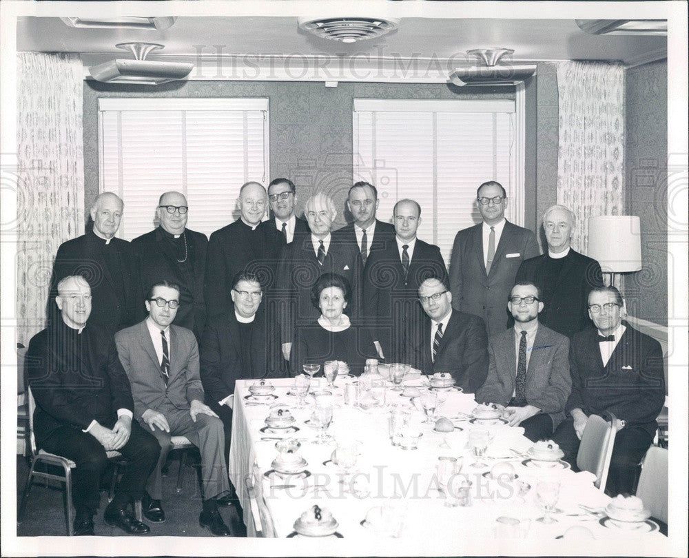 1968 Chicago, Illinois Fellowship of Loop Clergymen Press Photo - Historic Images