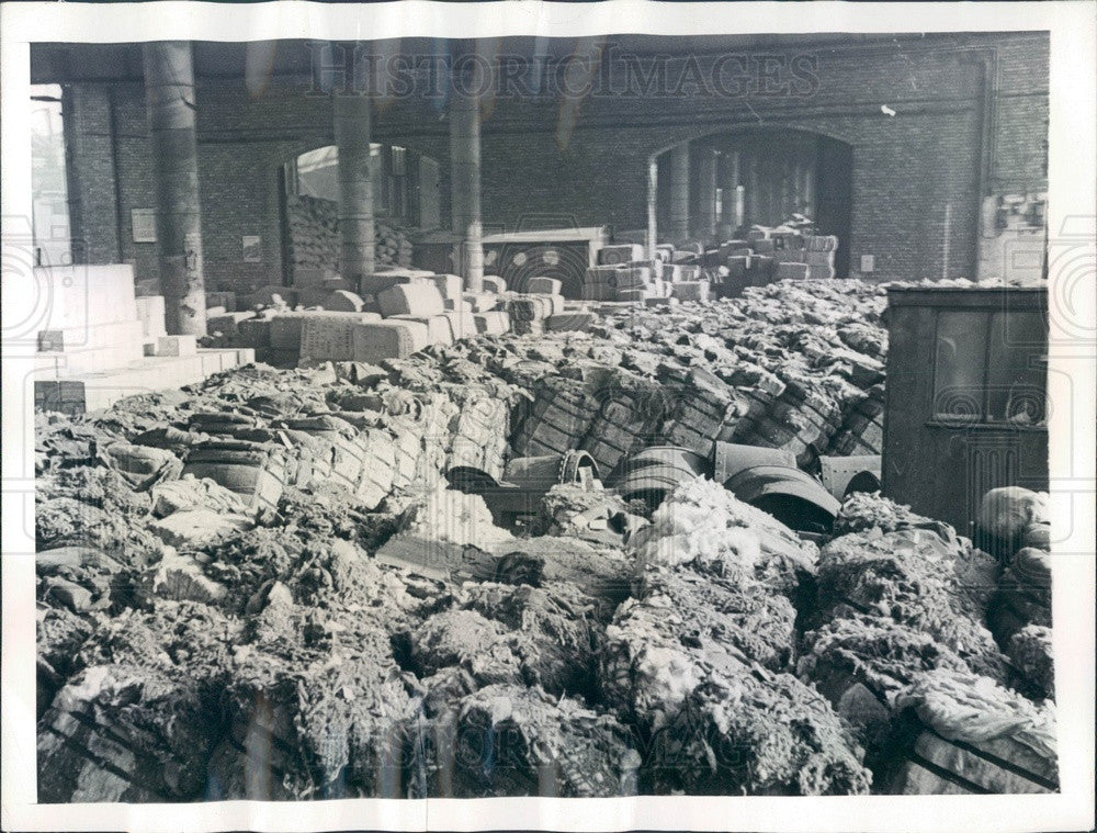 1941 Liverpool, England US War Supplies on Docks, Cotton Bales Press Photo - Historic Images