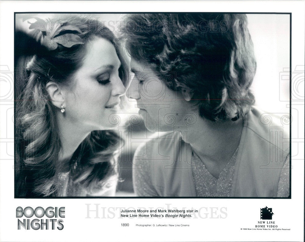 1998 American Hollywood Actors Mark Wahlberg & Julianne Moore Press Photo - Historic Images