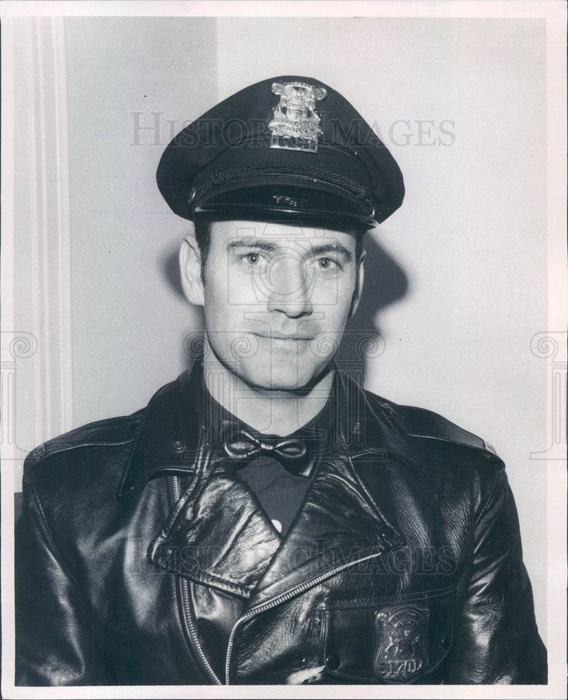 1969 Detroit, Michigan Patrolman of the Month Ralph Schuster Press Photo - Historic Images
