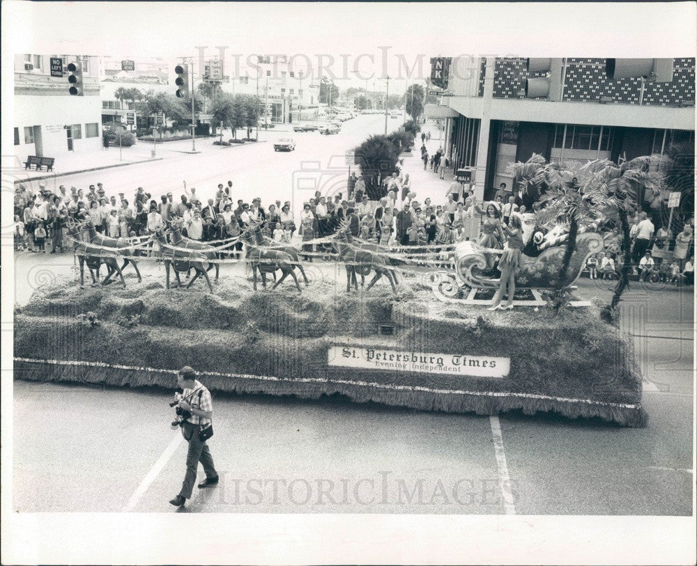 1968 St Petersburg, Florida Christmas Parade, Times Float Press Photo - Historic Images
