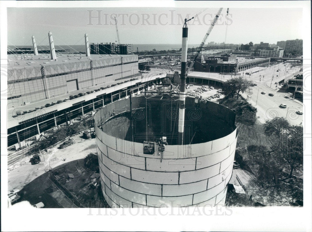 1993 Chicago, Illinois McCormick Place Water Tank Construction Press Photo - Historic Images