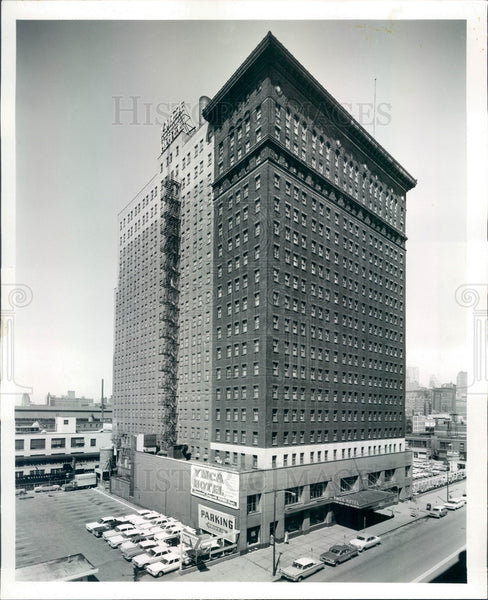 1961 Chicago, Illinois YMCA Hotel Press Photo - Historic Images