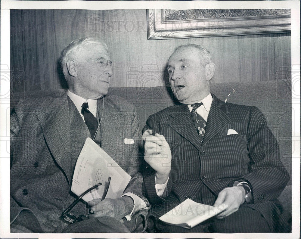 1950 Intl News Reporter James Kilgallen & Statesman Bernard Baruch Press Photo - Historic Images