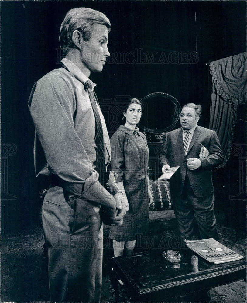 1967 Actors Jon Voight, Irene Papas, Richard Castellano Press Photo - Historic Images